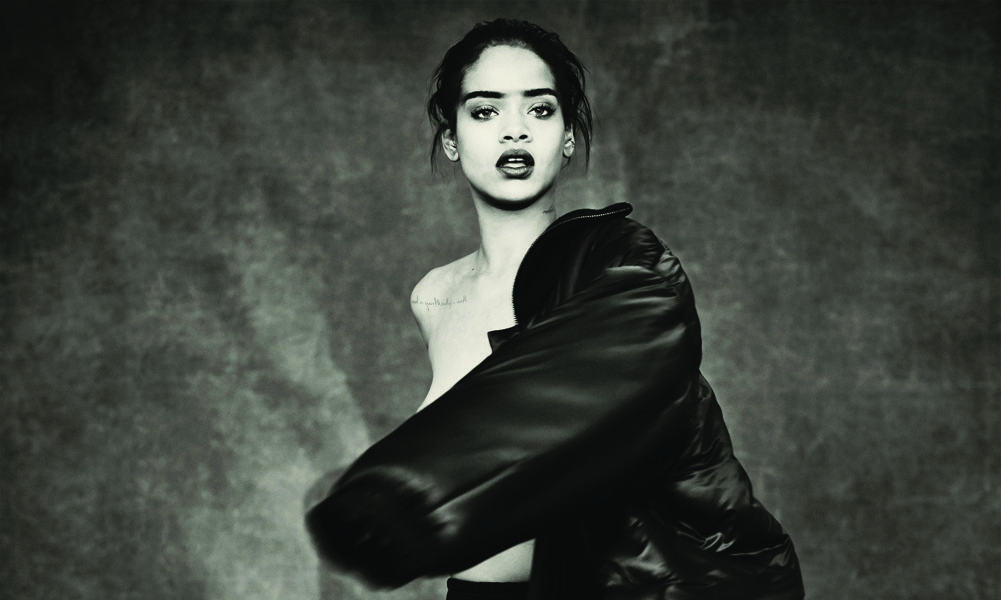 Rihanna 2015 - CMS Source