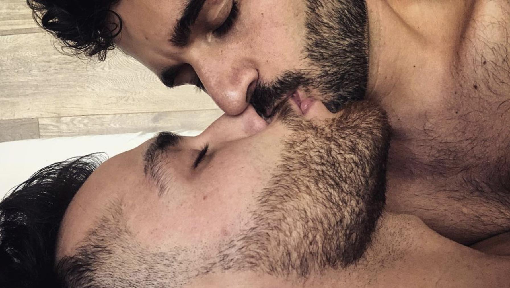 IG kriistianfer / Kiss / Gay